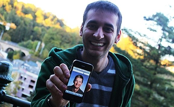 Henrique Xavier gets call from Tim Cook