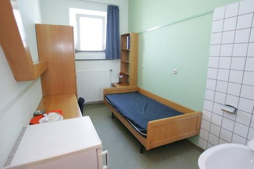 Luxemburger wort givenich la prison sans murs qui for Chambre sans fenetre est ce legal