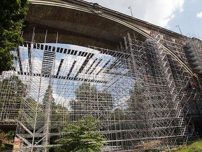 """Unter dem """"Pont Adolphe"""" soll eine Fahrradbrücke angebracht werden."""