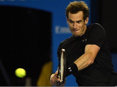 Andy Murray trifft im Finale entweder auf Muller-Bezwinger Novak Djokovic oder auf Stan Wawrinka.