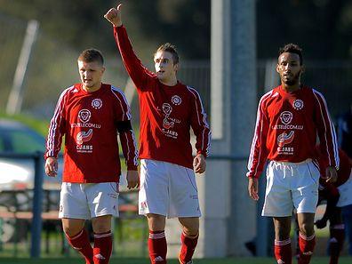 Mehmet Mujkic (à gauche) n'a pas mis longtemps à trouver Sanel Ibrahimovic. Les deux compères ont tôt fait de hisser Wiltz en BGL Ligue.