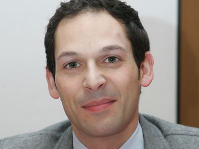 Dan Biancalana wurde am Freitag Morgen im Gemeinderat als neuer Bürgermeister von Düdelingen mit zehn Ja-Stimmen bei sechs Enthaltungen bestätigt.