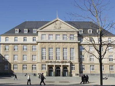 La place de l'Hôtel de Ville d'Esch-sur-Alzette éteindra ses lumières samedi soir pendant une heure