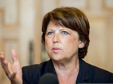 Martine Aubry a d'ailleurs lancé une deuxième salve en publiant dans la nuit sur internet (www.ensemble-reussir.fr).