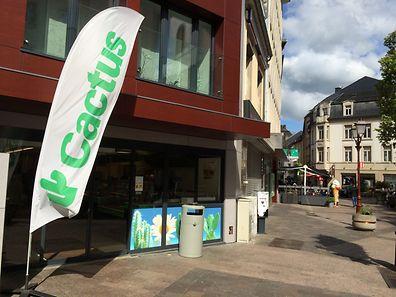"""Die """"Cactus""""-Filiale in der Fußgängerzone ringt zurzeit um ihren Verbleib in Ettelbrück."""