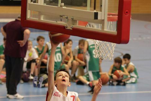 In Düdelingen: Ein gelungener Basketballtag für 250 Kinder