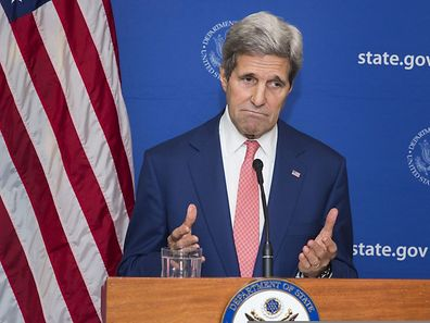 US Secretary of State John Kerry announces a 72 hour humanitarian cease fire to start on Friday between Israel and Hamas while in New Delhi August 1, 2014. AFP PHOTO / POOL / Lucas JACKSON