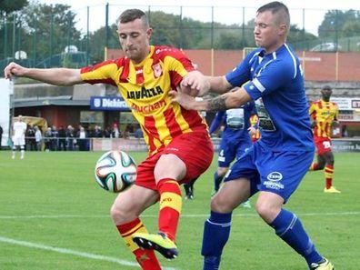 Alexander Karapetian (amarelo) marcou os dois primeiros golos do Dudelange