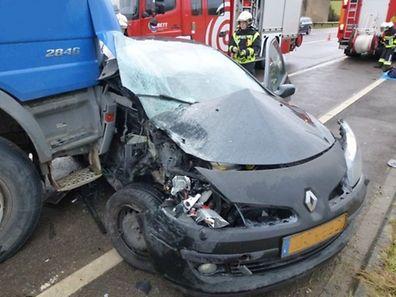 Die Fahrerin des Wagens musste vor Ort notärztlich versorgt werden.