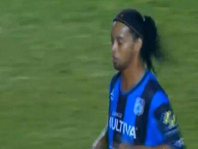 Ronaldinho aurait certainement rêvé meilleurs débuts sous ses nouvelles couleurs