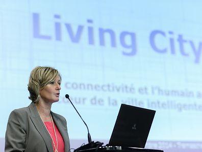 Francine Closener a prononcé le discours inaugural de la conférence Living City