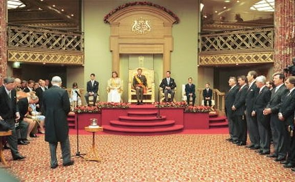 Grand Duke Henri officially taking the throne in 2000