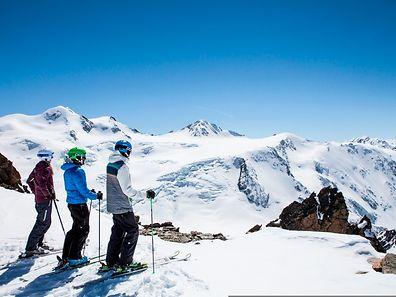 Am Pitztaler Gletscher starten Schneehungrige mit einem Konzert der Band Opus in die Skisaison.