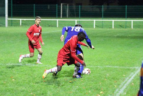 Football / Division 2 et 3: Berdorf/Consdorf accroché, Itzig s\'isole en tête