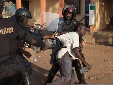 Schießereien und Verhaftungen waren am Donnerstag auf der Tagesordnung in Ouagadougou.