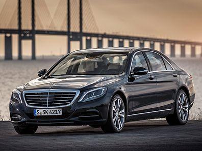 Luxus trifft Effizienz: Der Mercedes-Benz S 500 Plug-in Hybrid verbindet die hochwertige Ausstattung der S-Klasse mit einem modernen Hybrid-Antriebskonzept.