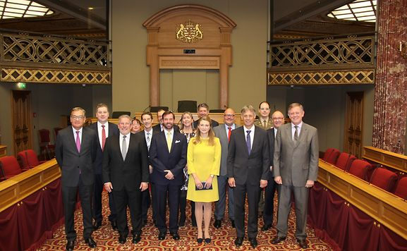 Luxemburger wort royals go behind scenes of luxembourg for Chambre de deputes luxembourg