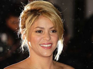 Colombian popstar Shakira has given birth to a boy