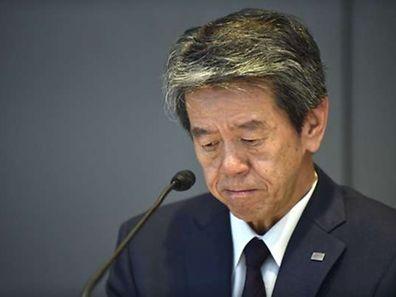 Dans le document de synthèse, M. Tanaka est personnellement accusé d'avoir demandé de différer des pertes.
