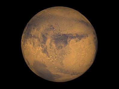 """Neuesten Erkenntnissen zufolge, gibt es auf dem """"roten Planeten"""" Wasser."""