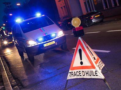 29.8.2015 Luxembourg, Ville,Unfall, Polizei, accident, Polizeibericht, Zwischenfall, trace d'huile, Ölspur photo Anouk Antony