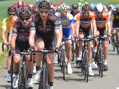 Alex Kirsch (vorne) verlängert bei Cult Energy Pro Cycling.
