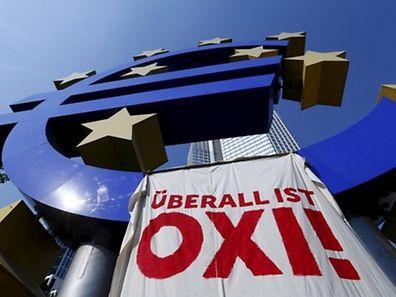 Les Grecs ont dit non. Mais la BCE dira certainement oui ce lundi au programme de prêts qui assure la survie de l'économie hellénique.