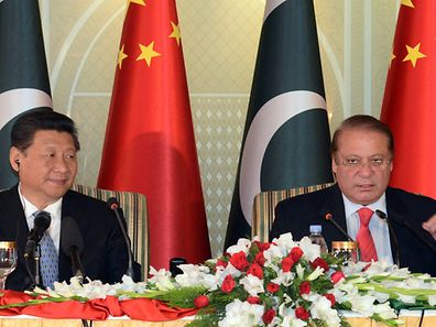 Chinese President Xi Jinping and Pakistan's Prime Minister Nawaz Sharif