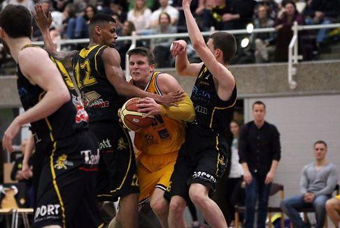 Basketball-Meisterschaft der Männer: Etzella gewinnt erst in den Schlusssekunden