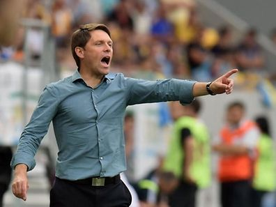 Luxembourg coach Luc Holtz reacts during EURO 2016 qualifying Group C football match Ukraine with Luxembourg in Lviv on June 14, 2015.  AFP PHOTO/ SERGEI SUPINSKY