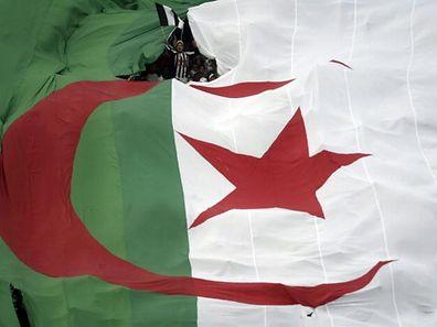 Schwieriger Prozess: Die Frage der Menschenrechte bleibt auch im heutigen Algerien ein heikles Thema.⋌ (FOTO: REUTERS)
