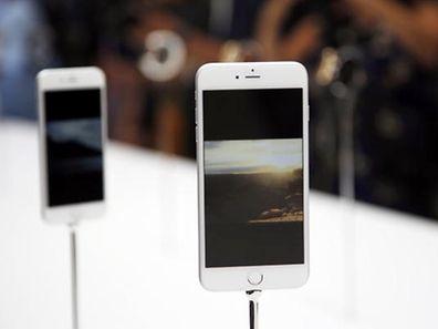 Auch viele Smartphones wurden verloren.