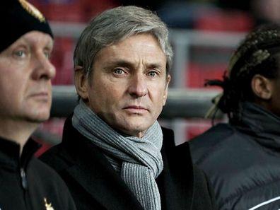 José Riga veut doubler tous les postes. Deux ou trois joueurs de plus ne seraient pas du luxe pour compléter l'effectif.