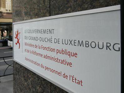 Ministerium und Gewerkschaft sind sich uneins über die Sparmaßnahmen im öffentlichen Dienst.