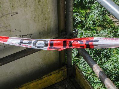 Auf den Tatort deutete am Donnerstag kaum mehr als ein rot-weißes Absperrband hin.