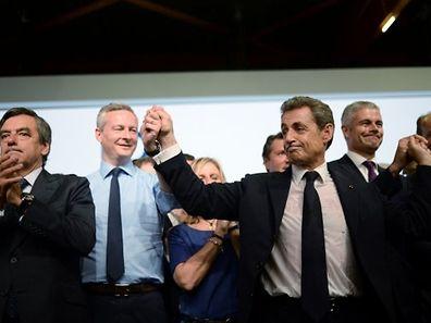 """Neuer Name, neues Glück: Nicolas Sarkozy freut sich über die Umbenennung der UMP in """"Les Républicains""""."""