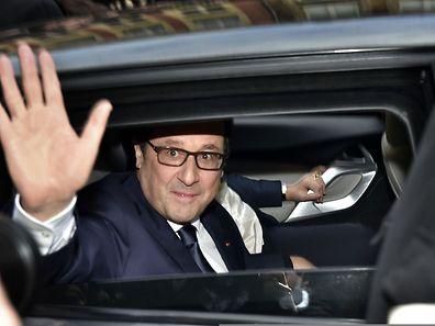 François Hollande hatte den Arbeitern von ArcelorMittal versprochen, einmal pro Jahr nach Florange zu kommen. Dieses Versprechen löst er am Montag ein.