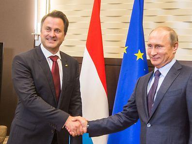 """Xavier Bettel au président russe Vladimir Poutine: """"Nous avons un but commun, tâchons de voir comment y parvenir""""."""