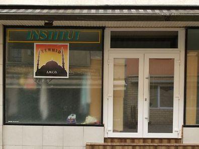 Le lieu de culte de l'Association multiculturelle de l'Ouest (AMCO) se trouve rue du Brill à Esch-sur-Alzette. Plusieurs jeunes luxembourgeois l'ont fréquenté avant de faire le voyage vers la Syrie.