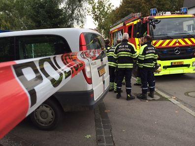 A Polícia instalou um perímetro de segurança na entrada das instalações do Luxemburger Wort, onde também ficam as instalações do jornal CONTACTO