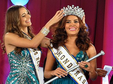 Maria Jose Alvarado (R), Miss Honduras World, whose body and her sister's were found on November 19, 2014 one week after both siblings had been abducted