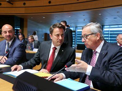 Minister und Vizepremier Etienne Schneider, Premier Xavier Bettel und Kommissionspräsident Jean-Claude Juncker. (v.l.n.r.)