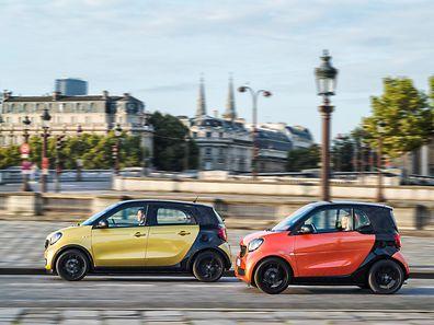 Ein buntes Duo: Der forfour und der fortwo sind echte Hingucker. Vor allem die Frontpartien der Wagen unterscheiden sich wesentlich von denen der Vorgängermodelle.