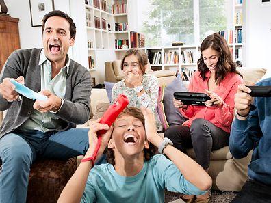 Spaß machen die Wettbewerbsspiele natürlich nur, wenn auf dem Sofa die richtige Gruppe sitzt - etwa die Familie.