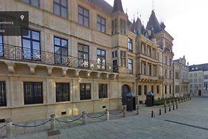 Auf Google Street View lässt sich das großherzogliche Palais auch aus der Ferne bestaunen.