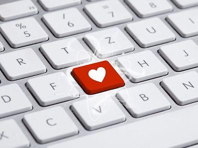 Le courriel serait plus efficace qu'un message oral dans un contexte amoureux.