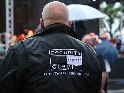 """Unter Aufsicht: Auch ohne Genehmigung erfüllt """"Security Service Schmitt*"""" in Luxemburg Wachschutzaufgaben, das wurde vergangenen Monat in einem Gerichtsurteil festgehalten."""