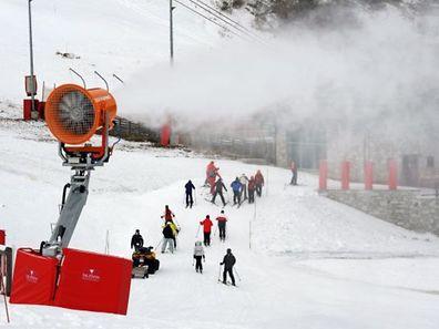 Les Alpes du sud profitent d'un meilleur enneigement qu'au Nord, mais qui se concentre essentiellement au-dessus de 2.000 mètres.