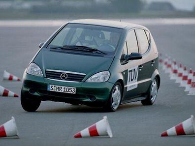 Merrcedes-Benz A-Klasse beim Elchtest