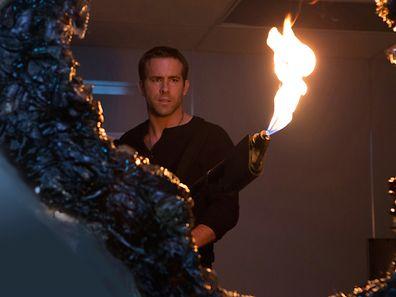 Ryan Reynolds spielt Mark, der nun Damien ist - verwirrend aber spannend als Ausgangspunkt.